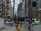Stromleitungenwirrwarr