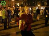 tanzende Oma