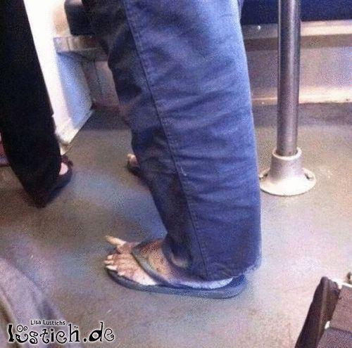 Lange Fußnägel