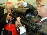 Kardinal und Scharfschütze